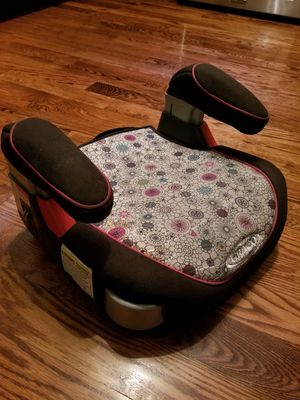 Booster seat for Sale in Milwaukee, WI