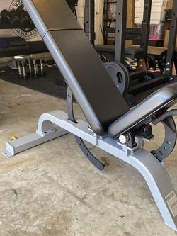 Precor Icarian Line Multi Adjustable Super Bench for Sale in Mission Viejo,  CA