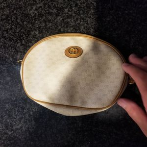 Gucci vintage pouch wallet in really good condition authentic from the 70s for Sale in Lancaster, CA