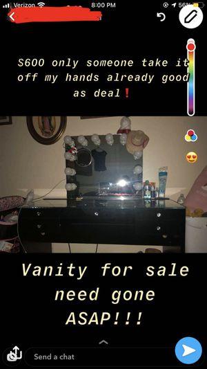 Vanity mirror for Sale in Fresno, CA