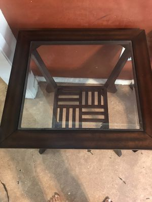 End tables and coffee table for Sale in Austin, TX