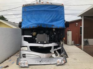 2014 Itasca Sunova 33c with 3 slides. Runs and drives. for Sale in Hialeah, FL