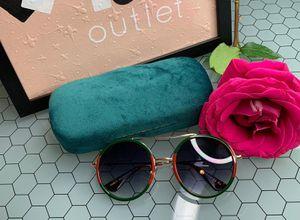 Sunglasses gucci for Sale in Everett, MA