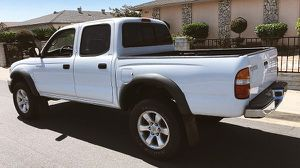 TOYOTA TACOMA 2003 PRICED FOR QUICK SALE for Sale in New York, NY