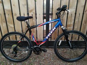 Trek Alpha 4500 Mountain Bike for Sale in Phoenix, AZ