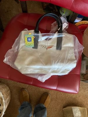 Brand new silver color corvette handbag for Sale in Bakersfield, CA
