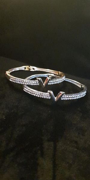 Stainless steel bracelets silver and gold for Sale in Hickory Hills, IL