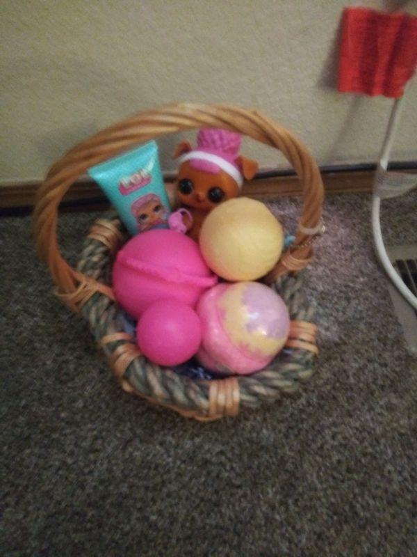 Lol suprise doll giftbasket