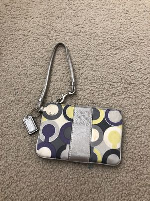 Coach wristlet for Sale in Fishers, IN