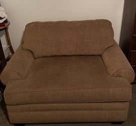 Chair Oversized Fits Two People for Sale in Fresno,  CA