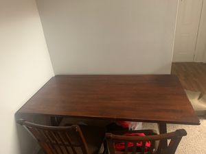 Dining table with 4 chairs for Sale in Ocoee, FL