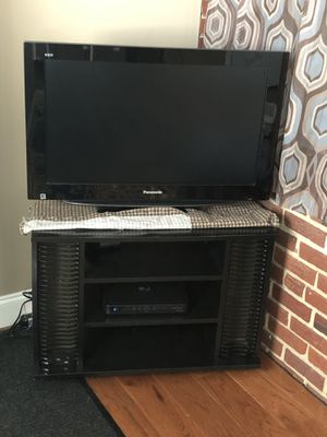 Panasonic TV 36Inch and a TV Stand for Sale in Silver Spring, MD