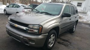 2005 CHEVY TRAIL BLAZER GRAY for Sale in Revere, MA