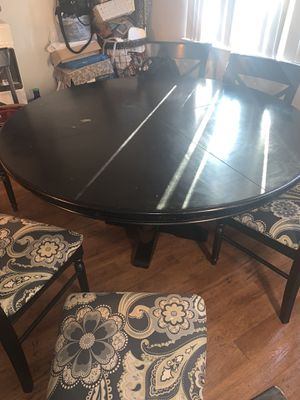 100% wooden big round table for 6 people(table only) for Sale in Castro Valley, CA