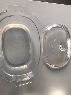 Pyrex with lid for Sale in Goodyear, AZ