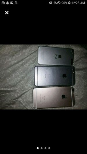 2iphones 1ipod for Sale in Saint Charles, MD