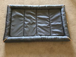 Grey Bolstered dog crate mat for Sale in Bedford Park, IL