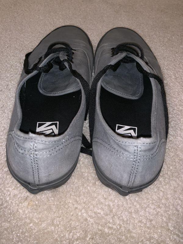 Vans Gray Shoes (Size 9)