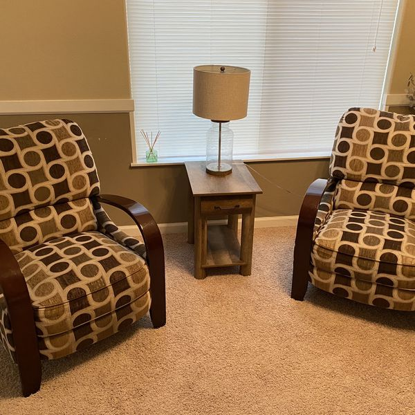 2 Reclining Accent Chairs