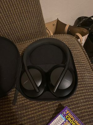 Bose wireless headphones for Sale in Stockton, CA