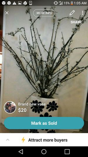 Beautiful decorated vase with flowers for Sale in Beaver Falls, PA