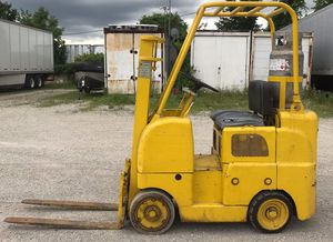 Allis Chalmers propane Forklift.. for Sale in Burr Ridge, IL