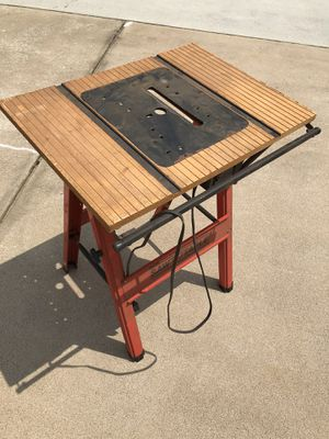 Saw Table (Portable) for Sale in Taylors, SC