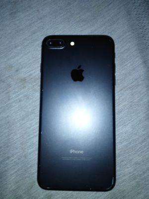 iPhone 7 plus for Sale in San Jacinto, CA