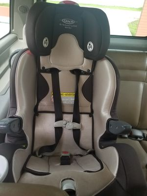 Free Graco convertible car seat .( expire) for Sale in TWN N CNTRY, FL