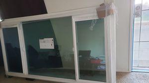 Ply gen windows for Sale in Vista, CA