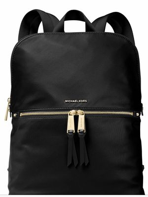 MICHEL KORS POLLY Black BackPack MD for Sale in Alpharetta, GA