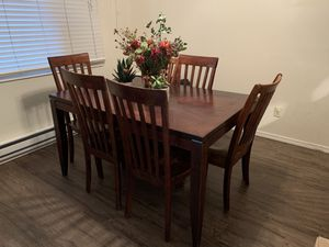 Dining table for Sale in Tualatin, OR