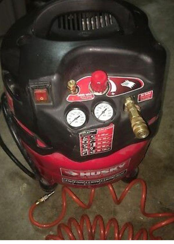 Huskey Air compressor 135 psi 6lbs