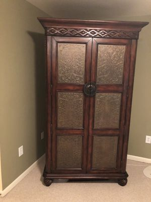 Stein world media armoire for Sale in Germantown, MD