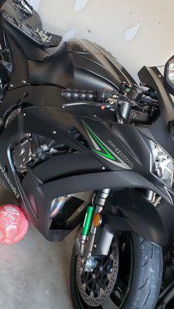 2016 Kawasaki zx10r for Sale in Fort Washington,  MD