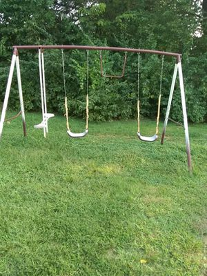 Swing set for Sale in House Springs, MO
