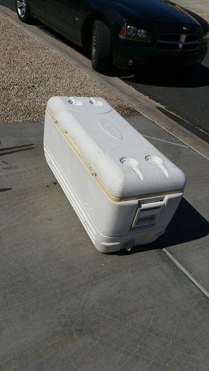 150 QUART IGLOO COOLER for Sale in Goodyear, AZ