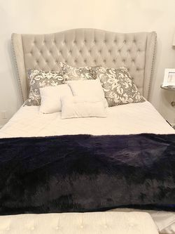 Queen Bed / Like New for Sale in Winter Park,  FL
