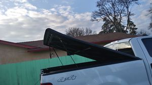 """Tonneau for truck short bed. 81"""" x 71"""" for Sale in Acampo, CA"""