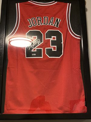 Michael Jordan Mitchell and ness autographed jersey for Sale in Chicago, IL