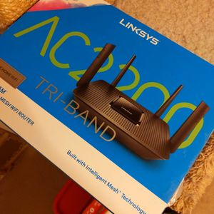Linksys AC2200 Wireless Router for Sale in Surprise, AZ