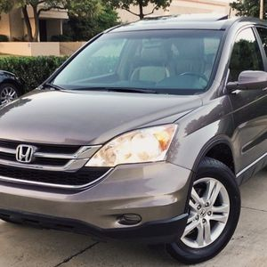 2010 HONDA CRV WITH LOW MILES 74K for Sale in Tampa, FL