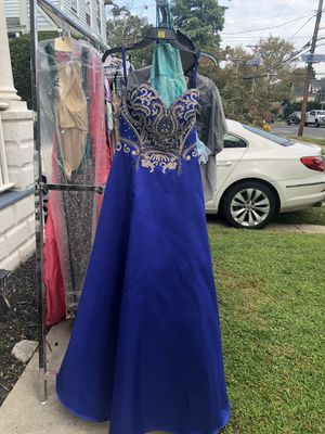 Blue size 4 formal / prom dress for Sale in Palmyra, NJ