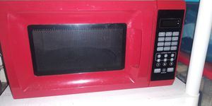 I am selling this microwave negotiable for Sale in Pembroke Pines, FL