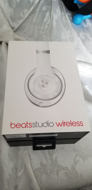 Beats studio in new condition. for Sale in San Diego, CA