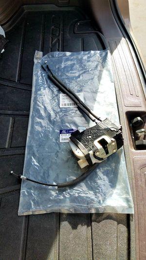 Hyundai Tuscon Driver Door Latch for Sale in Las Vegas, NV