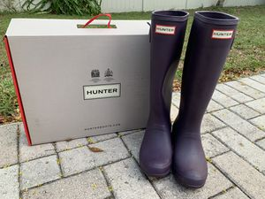 Hunter Original Tour Packable Rain Boot size 6 for Sale in Tarpon Springs, FL