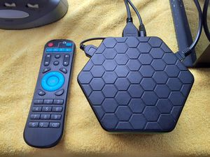 ANDROID TV BOX T95z Plus. 16 Gb Rom, OCTACORE,Watch tv show movies and more English & Spanish,.HABLO ESPANOL.NOT NEGOTIABLE. for Sale in North Las Vegas, NV