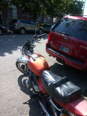 Motorcycle Kawasaki 1974 (classic beauty work great.) for Sale in Chicago, IL