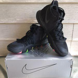 Nike Kyrie 5 Black for Sale in Salt Lake City, UT